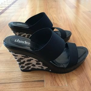 Trace Sandals By Charles David